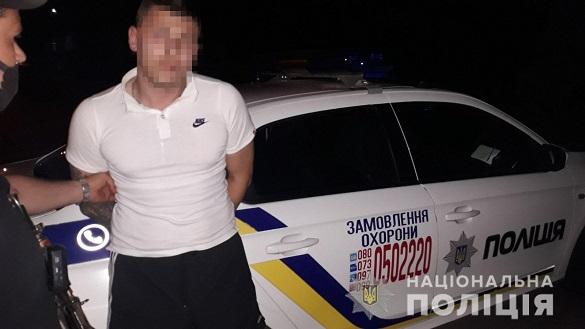 У черкаському супермаркеті чоловік побив охоронця