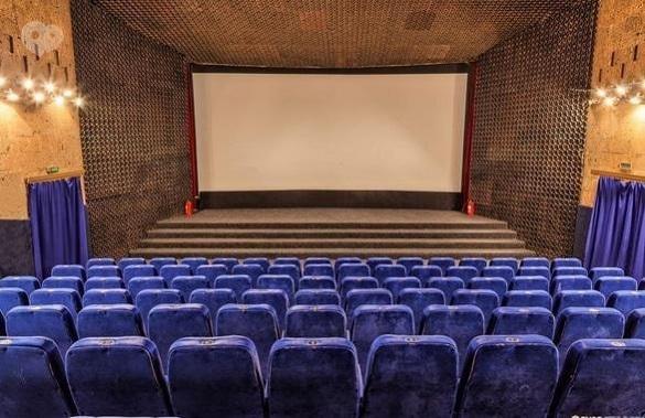 У Черкасах запрацювали майже всі кінотеатри