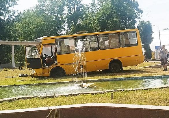 Стали відомі подробиці ДТП у Черкасах за участі маршрутки та пожежного автомобіля (ФОТО)