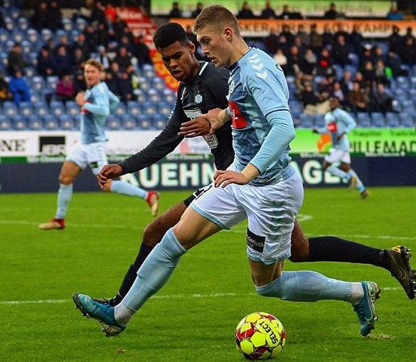 Черкащанин повертається в українську Прем'єр-лігу з футболу