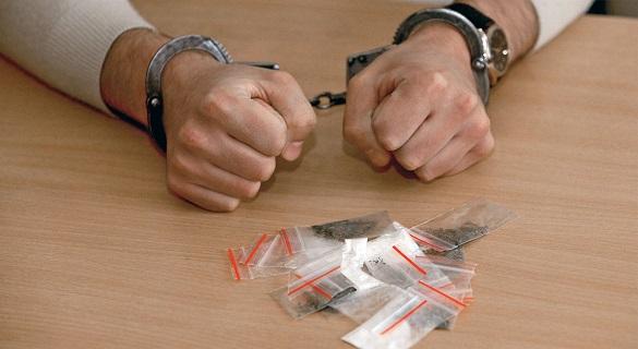 У Черкасах чоловік продавав наркотики