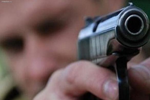 Любов зла: у мікрорайоні Митниця в Черкасах чоловік на очах дитини вистрелив жінці в ногу