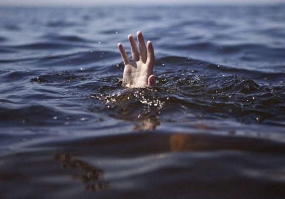 Уночі в Черкасах потонув чоловік
