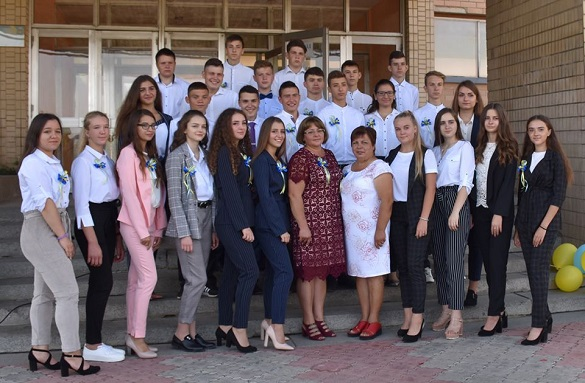 В ОТГ на Черкащині кожному випускнику 11 класу подарували 5 тисяч гривень
