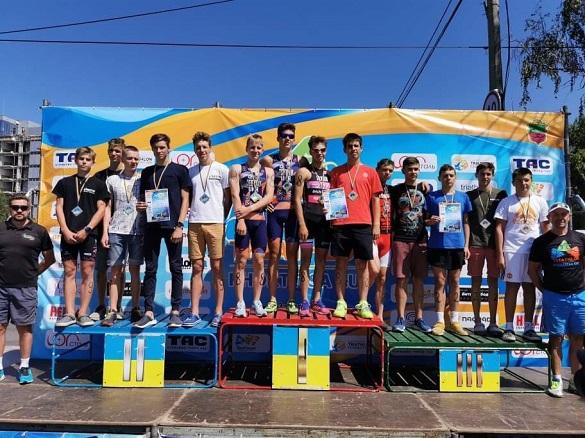 Черкаські спортсмени здобули нагороди на чемпіонаті України з триатлону