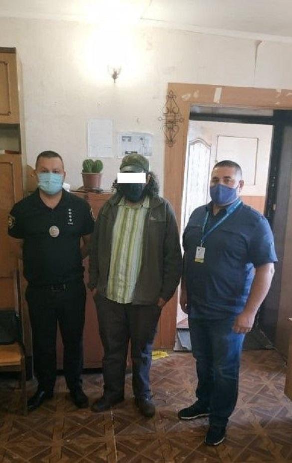 Хасида, який розвалював обмежувальні конструкції в Умані, депортують із України