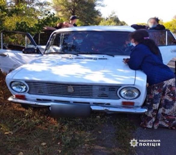 У Черкаській області троє невідомих обікрали бабусю серед білого дня (ФОТО)