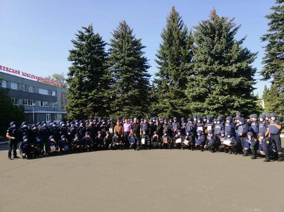 Черкаські рятувальники, які перебувають у зоні ООС, отримали відзнаки