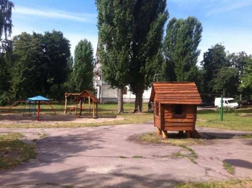 """Як гриби після дощу. У черкаських дворах """"ростуть"""" дитячі майданчики, фото-7"""