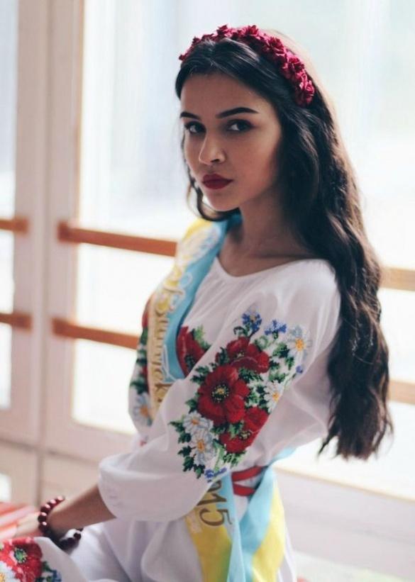 Черкащанка – в ТОП-25 найкрасивіших дівчат України, фото-1