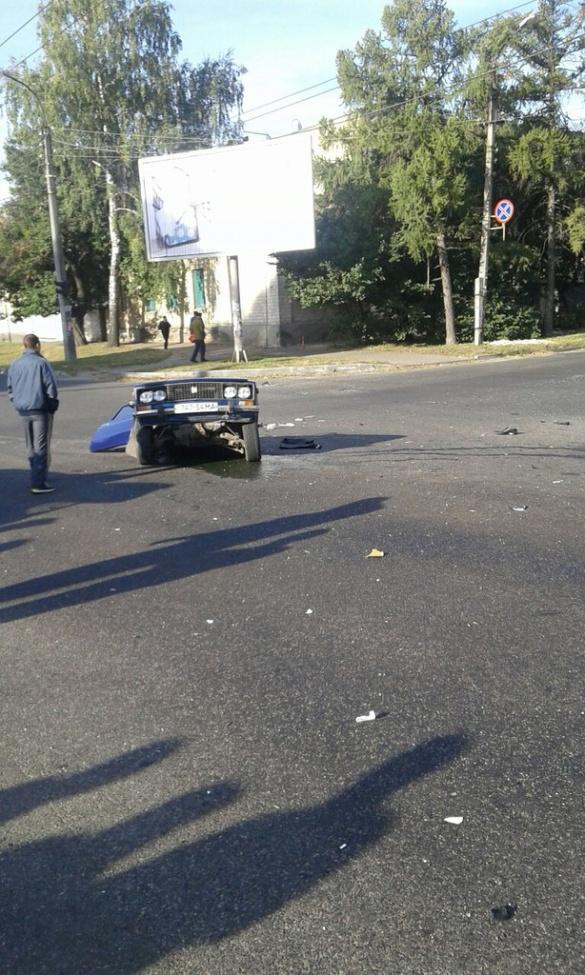 Три автомобиля столкнулись на перекрестке в Черкассах: 3 человека погибли, 8 травмированы - Цензор.НЕТ 6576